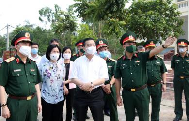 35 F1 thành F0 trong một ngày ở Hà Nội: Khu cách ly xấp xỉ 14 người/phòng